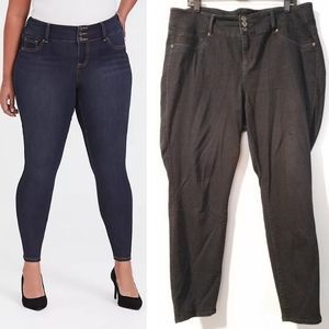 20 Torrid Jeggings in Dark Wash
